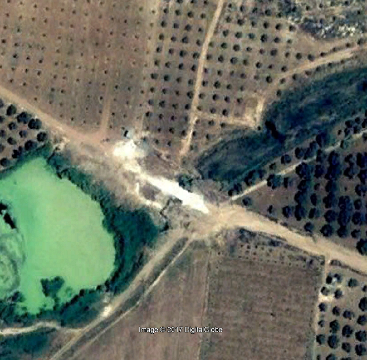 medan-ez-zedi-bridge-google2004
